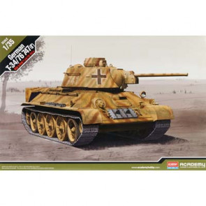 Academy 1/35 German T-34/76 747(R) 13502