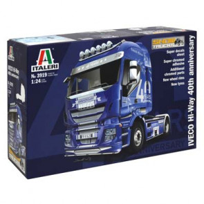 Italeri 1/24 Iveco Hi-Way 40th Anniversary 3919