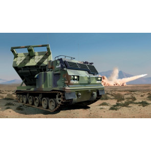 Trumpeter 1/35 M270A1 Multiple Launch Rocket System - US 01049